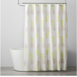 Room Essentials Pineapple Shower Curtain